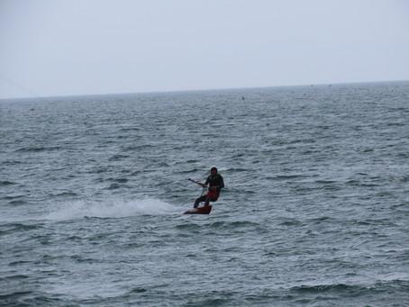 3月20日の小松海岸カイトボード