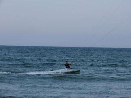 3月26日の小松海岸カイトボード