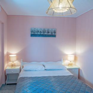 39 Studio Ground Floor bedroom 1 double