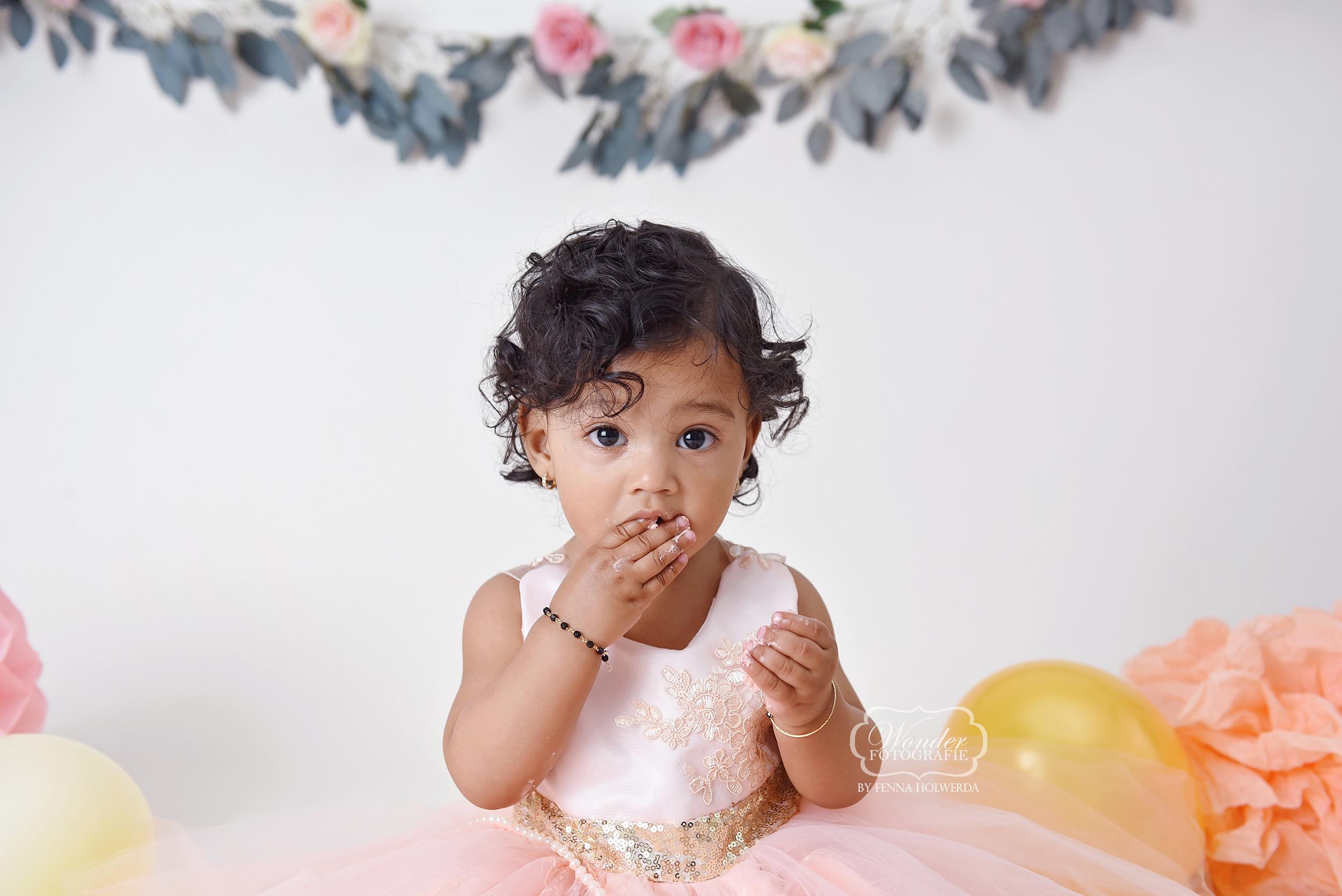 1 Cake Smash Fotoshoot fotografie boho meisje dochter girl naturel puur