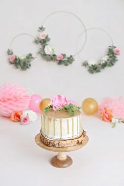 Boho Cake Smash taart goud roze dripcak