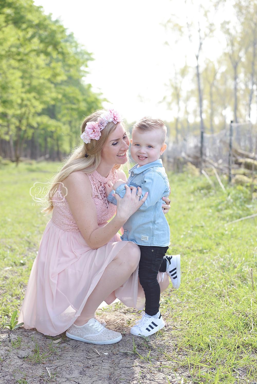 Zwangerschapsfotoshoot Zwangerschapsshoot Zwanger shoot fotoshoot photoshoot maternity bohemian boho romantisch familiefotoshoot