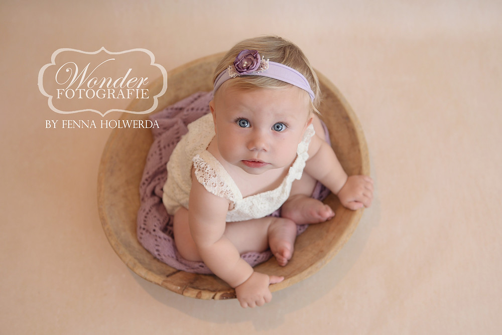 Sitter Session Zitter Sessie Fotoshoot Babyfotoshoot Baby 8 maanden Zelfstandig zitten