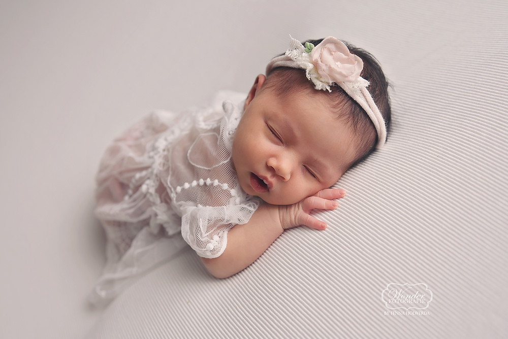 newborn shoot baby fotoshoot nederland studio professioneel mooiste beste naturel