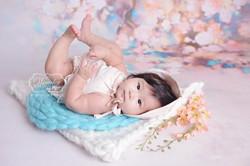6 maanden fotoshoot babyshoot photoshoot baby sitter sessie fotografie 4