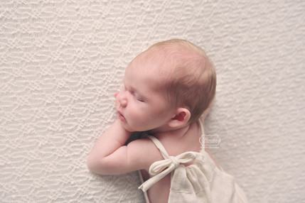 8 Newborn Fotoshoot baby fotografie phot