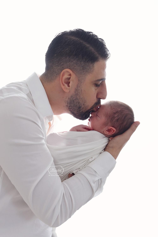 Newborn Baby Fotoshoot Overijssel Friesland Flevoland vader