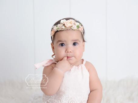 Sitter Sessie Babyfotoshoot Mila