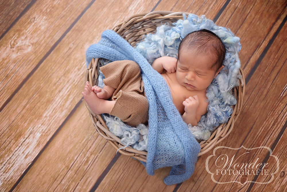 Newborn Fotoshoot Almere Naturel Puur