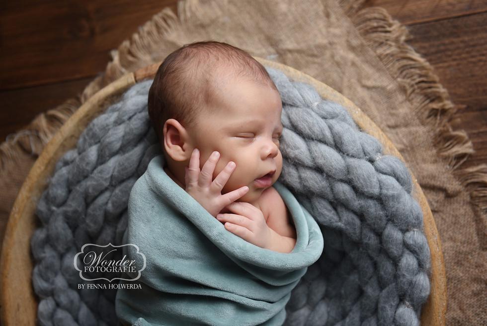 3 Newborn Fotoshoot baby photoshoot natu