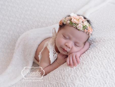 Newborn Fotoshoot Alesha