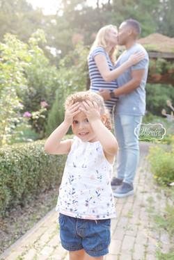 Zwangerschapsfotoshoot zwangerschapsshoot buiten mooiste 14