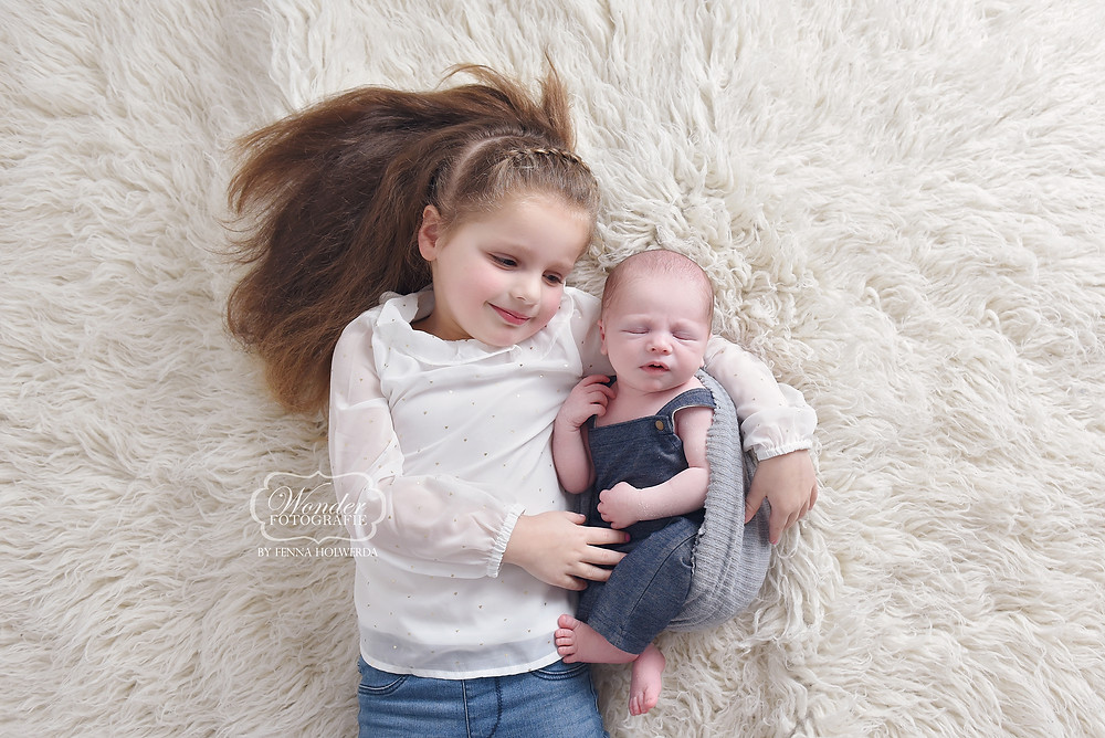 newborn fotografie photography fotoshoot photoshoot baby donkerblauw blauw