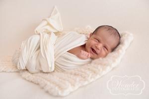 Newborn Fotoshoot Almere Naturel Puur