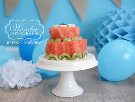 Gezonde Cake Smash Fotoshoot met Fruittaart van Watermeloen