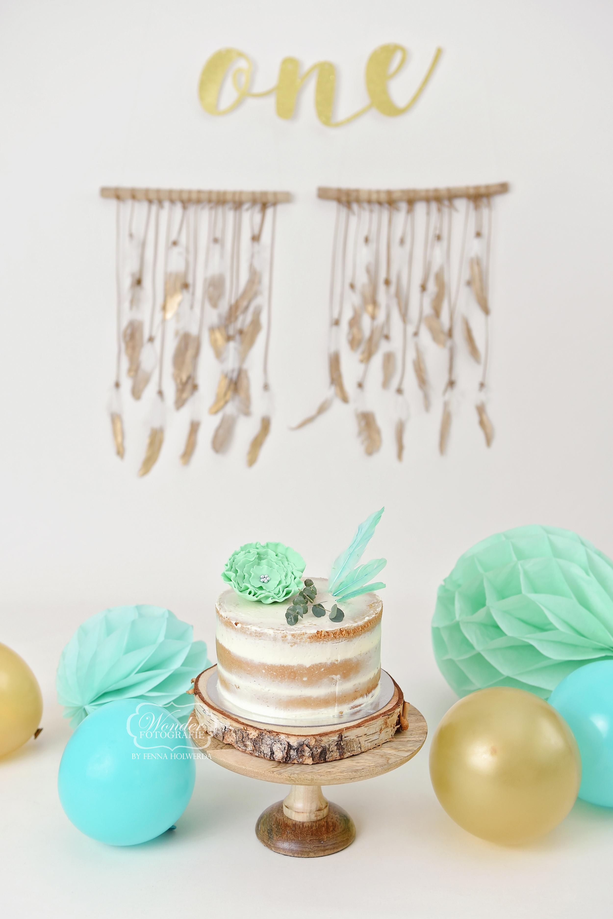 Boho Cake Smash Fotoshoot mintgroen boy birthday verjaardag