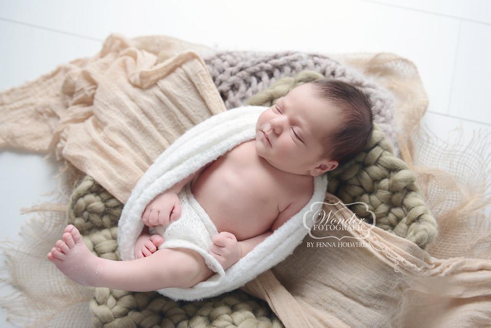 6 Newborn Fotoshoot boy jongen fotografie fotograaf photography baby.jpg