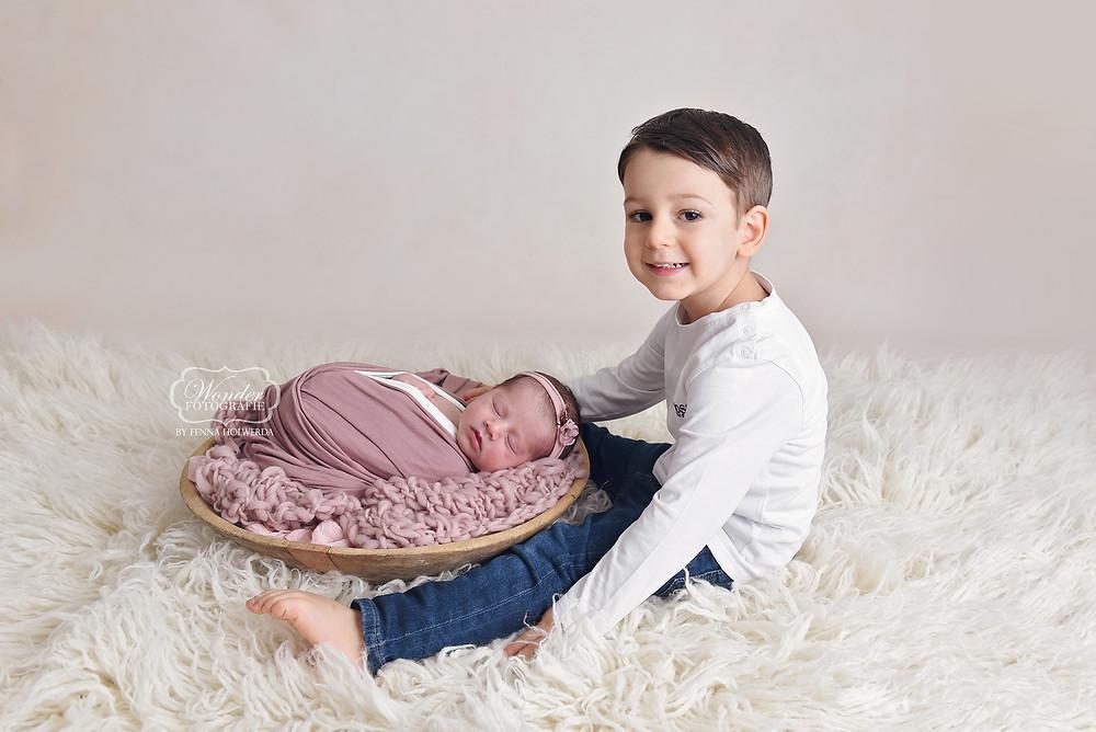 Newborn Baby Fotoshoot Overijssel Friesland Flevoland Broer zus