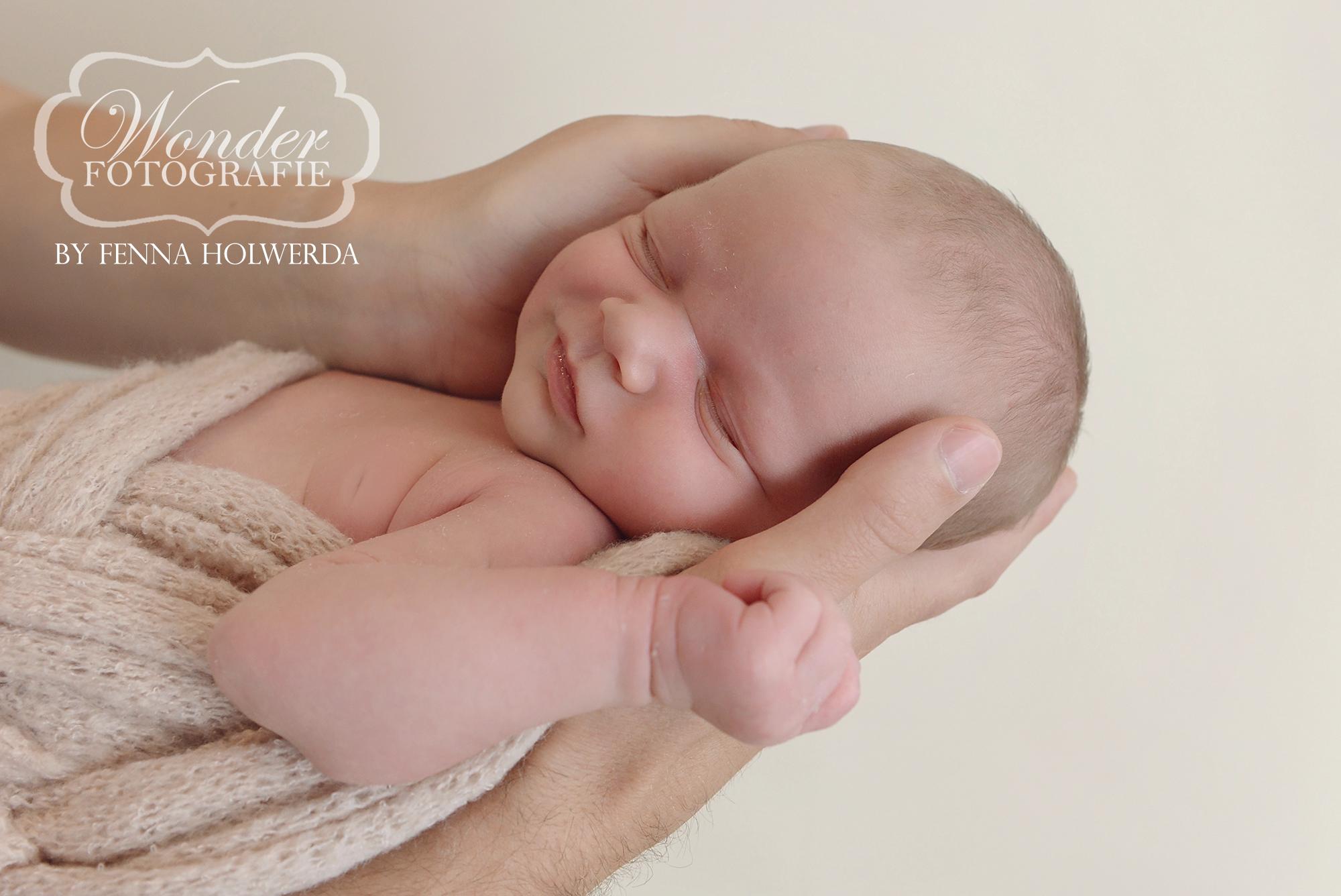 Fine Art Newborn Fotoshoot Fotografe Fenna Holwerda Fotoshoot Wonder Fotografie