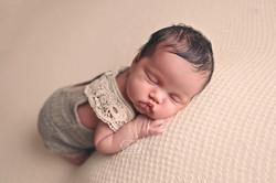 12 newborn baby fotoshoot shoot friesland overijssel fotograaf studio puur naturel mooiste