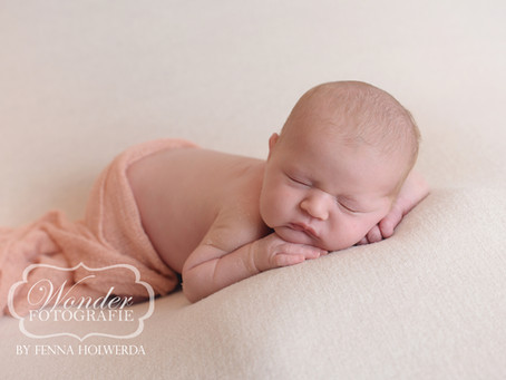Newborn Fotoshoot Yara