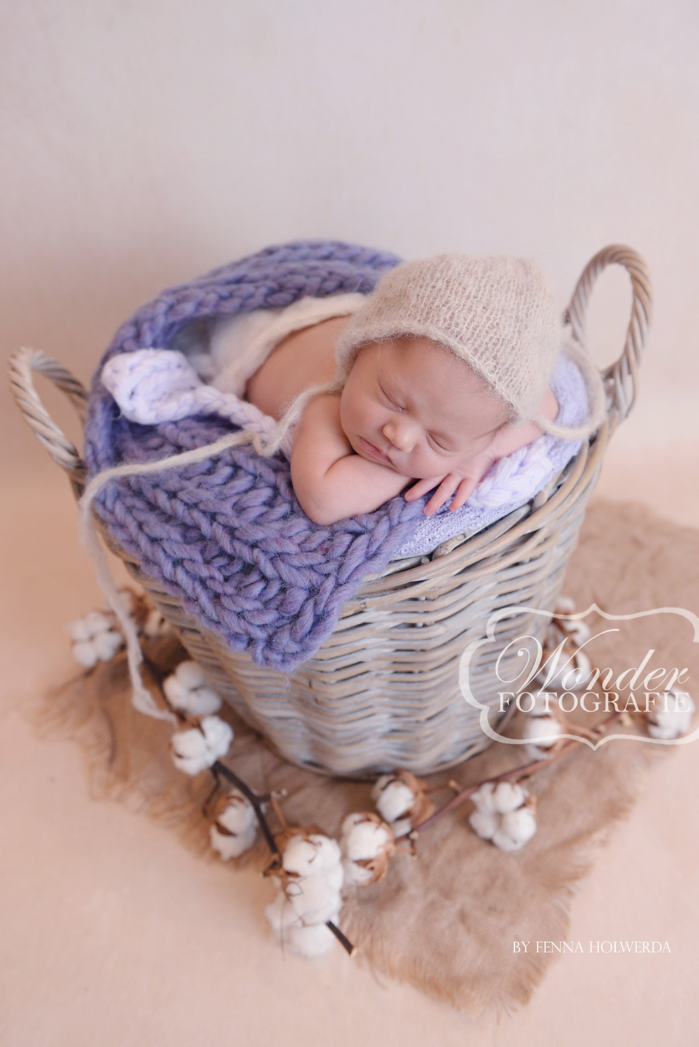 Best Newborn Photographer Beautiful Newborn Photoshoot Photography Babyfotoshoot Mooiste Newborn foto