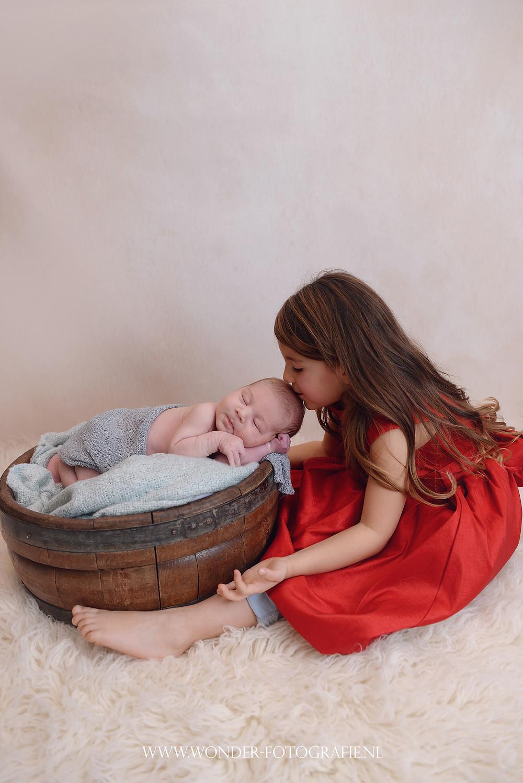 newborn fotoshoot beste babyfotograaf babyfotoshoot almere amsterdam amersfoort lelystad gooi
