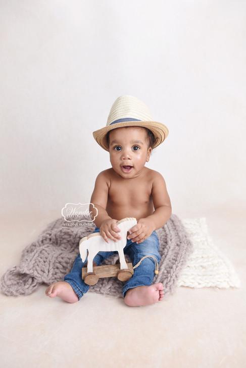 4 Sitter Sessie Fotoshoot baby shoot photoshoot6 maanden half jaar.jpg
