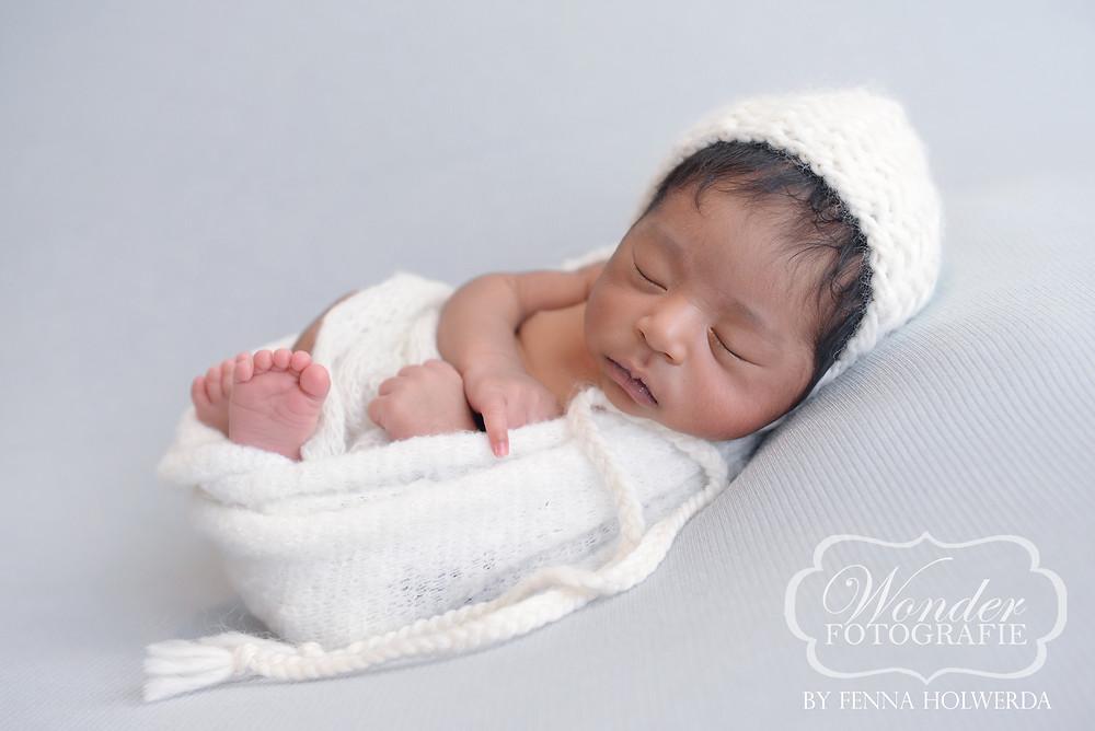 Newborn Baby fotoshoot shoot photoshoot inspiratie geboortekaartje mooiste beste almere fotostudio