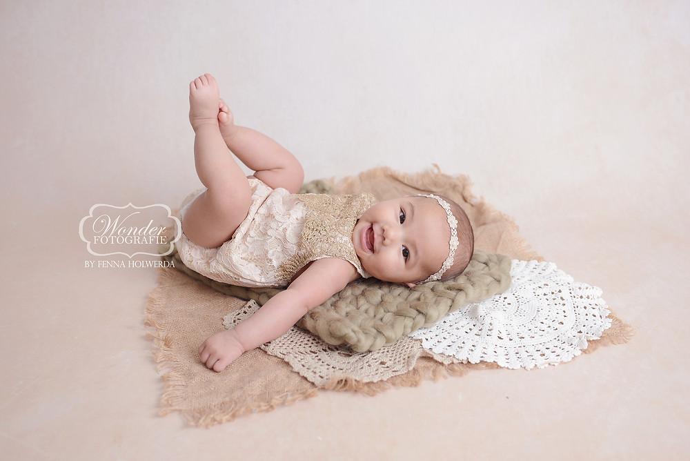 100 dagen fotoshoot 100 days old babyshoot Asian tradition photoshoot photo shoot baby