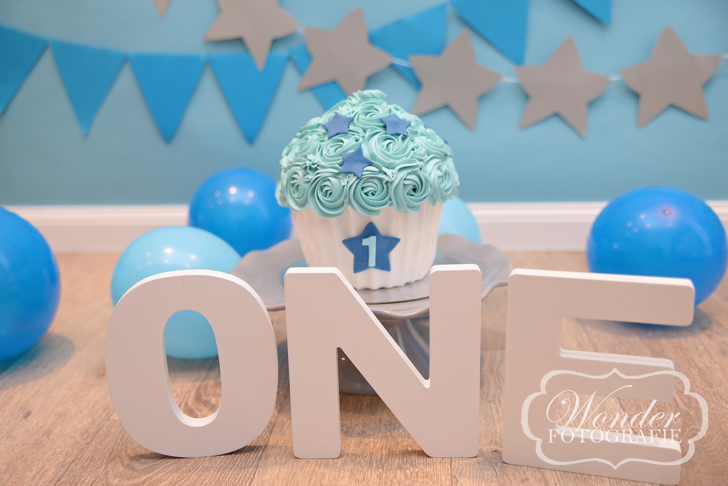Cake Smash Fotoshoot Blauw sterren Wonder Fotografie (23) copy