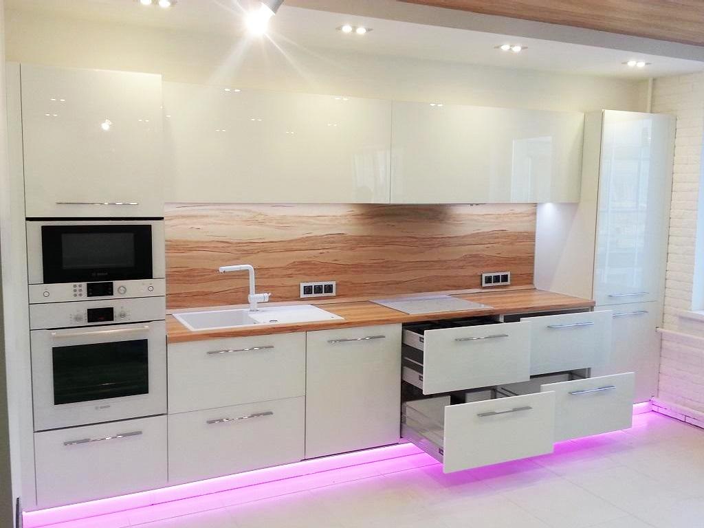Кухня в стиле Хай-Тек, Вид 2
