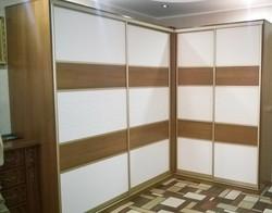 Угловой шкаф в скандинавском стиле