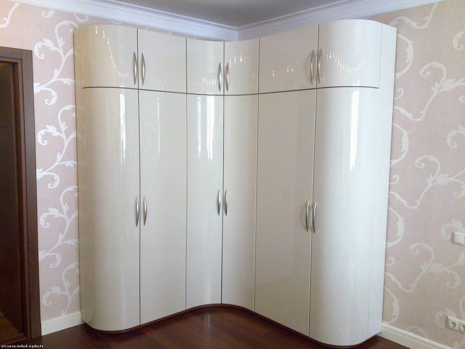 Радиусный шкаф