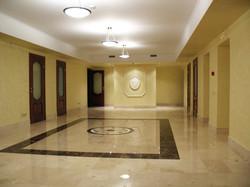 Ремонт холла в офисе