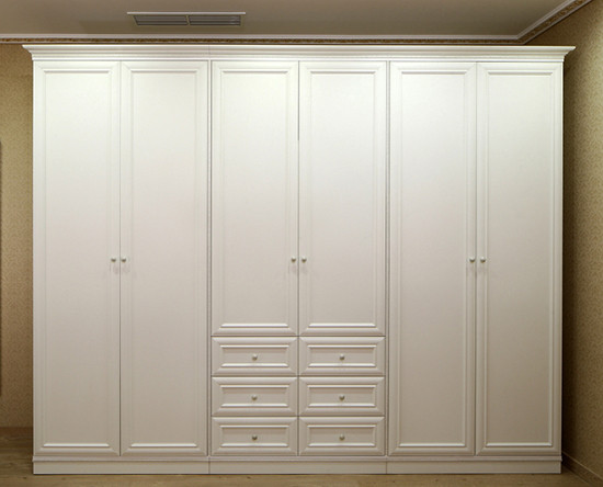"""Шкаф с распашными фасадами в стиле """"прованс"""""""