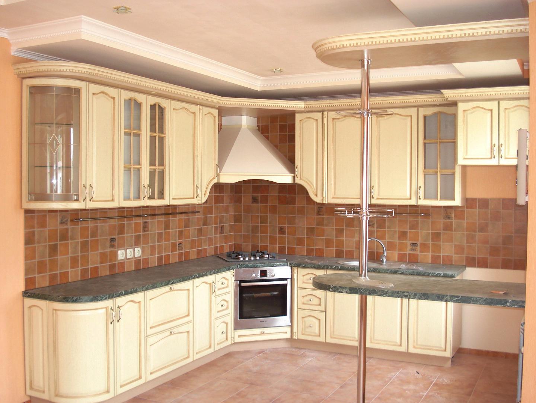 Кухня с угловой варочной панелью