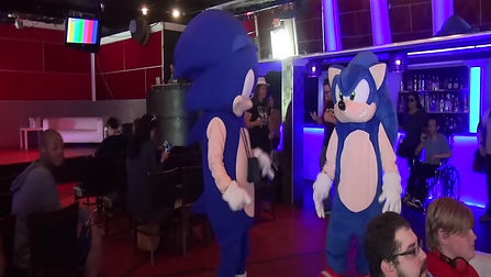 Sonic Cosplayer and Sonic Mascot Dancing