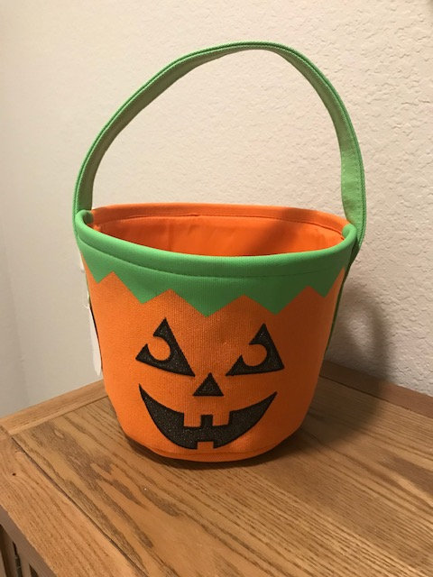 Halloween Basket with 7 items