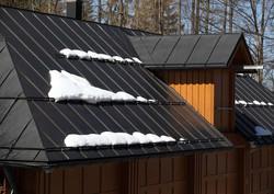 snow-on-metal-roof-1.jpg