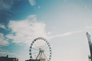 photo-of-ferris-wheel-during-daytime-324