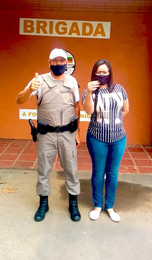 Policial e Patrícia Marques (Recrutadora Divulg)