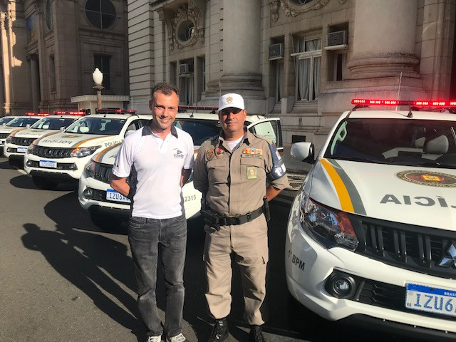 Diretor Dvg Eduardo Chardosin e Tenente Coronel Leandro Oliveira da Luz