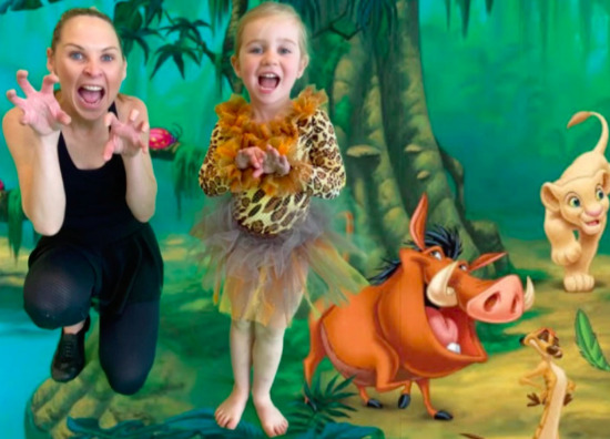 Miss Maree & Steeli - Lion King