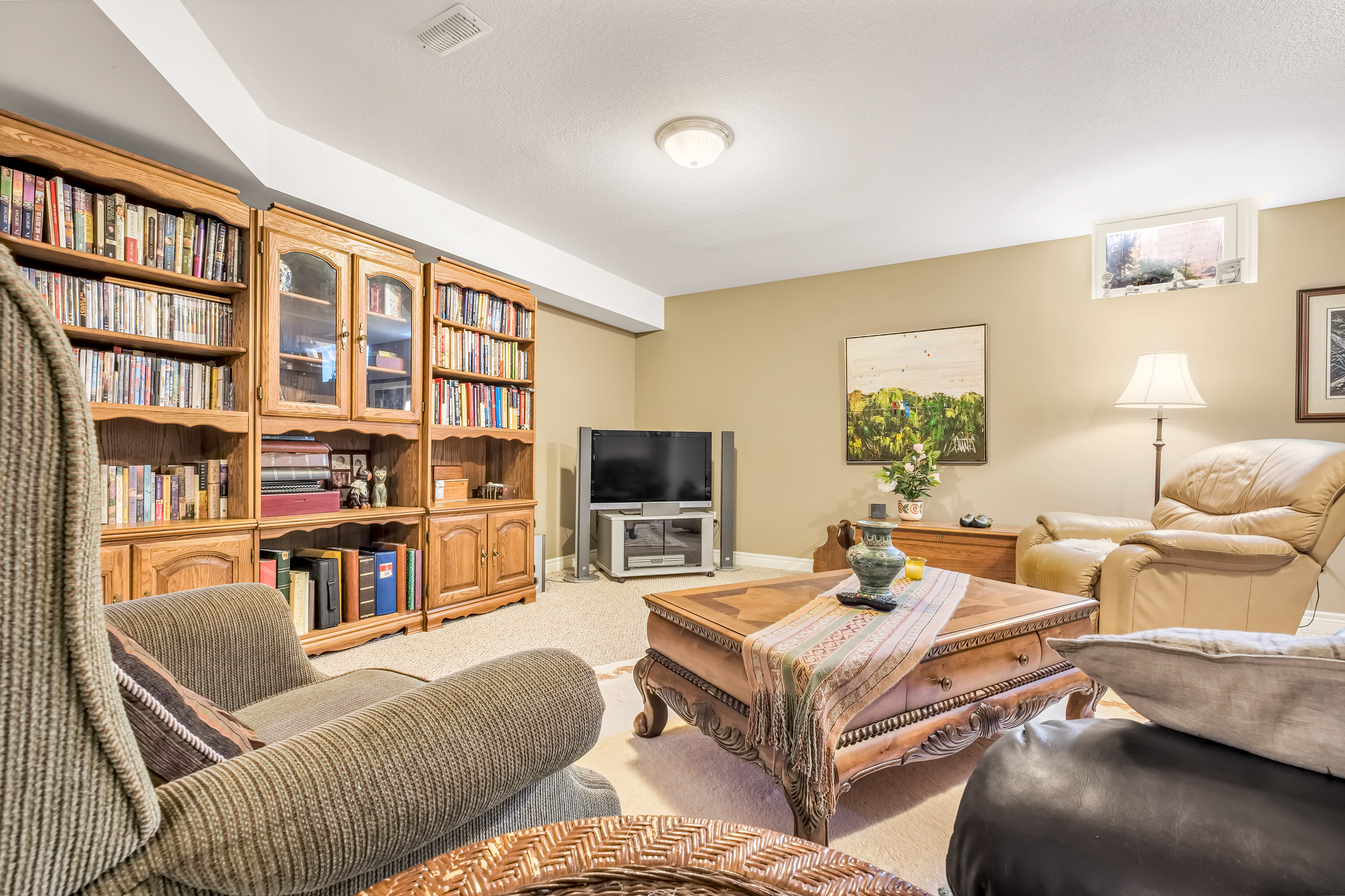 79-Goldenview-Waterdown-High-Res-10