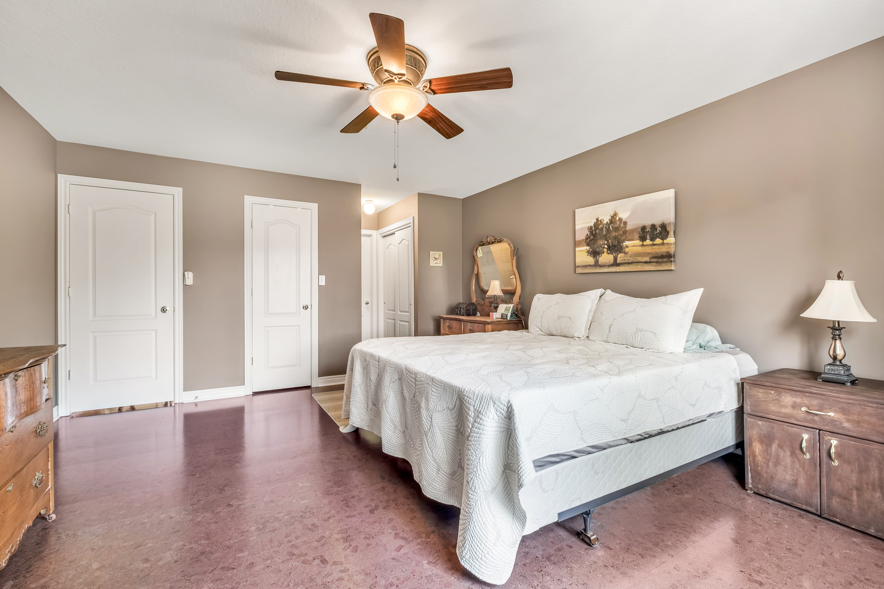 79-Goldenview-Waterdown-High-Res-16