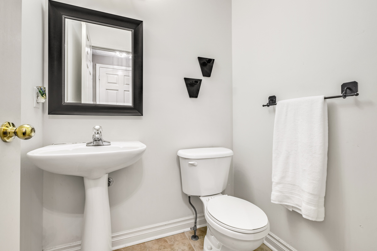 2218-Irving-St-Burlington-MLS-40