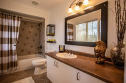 40Pentland-bathroom