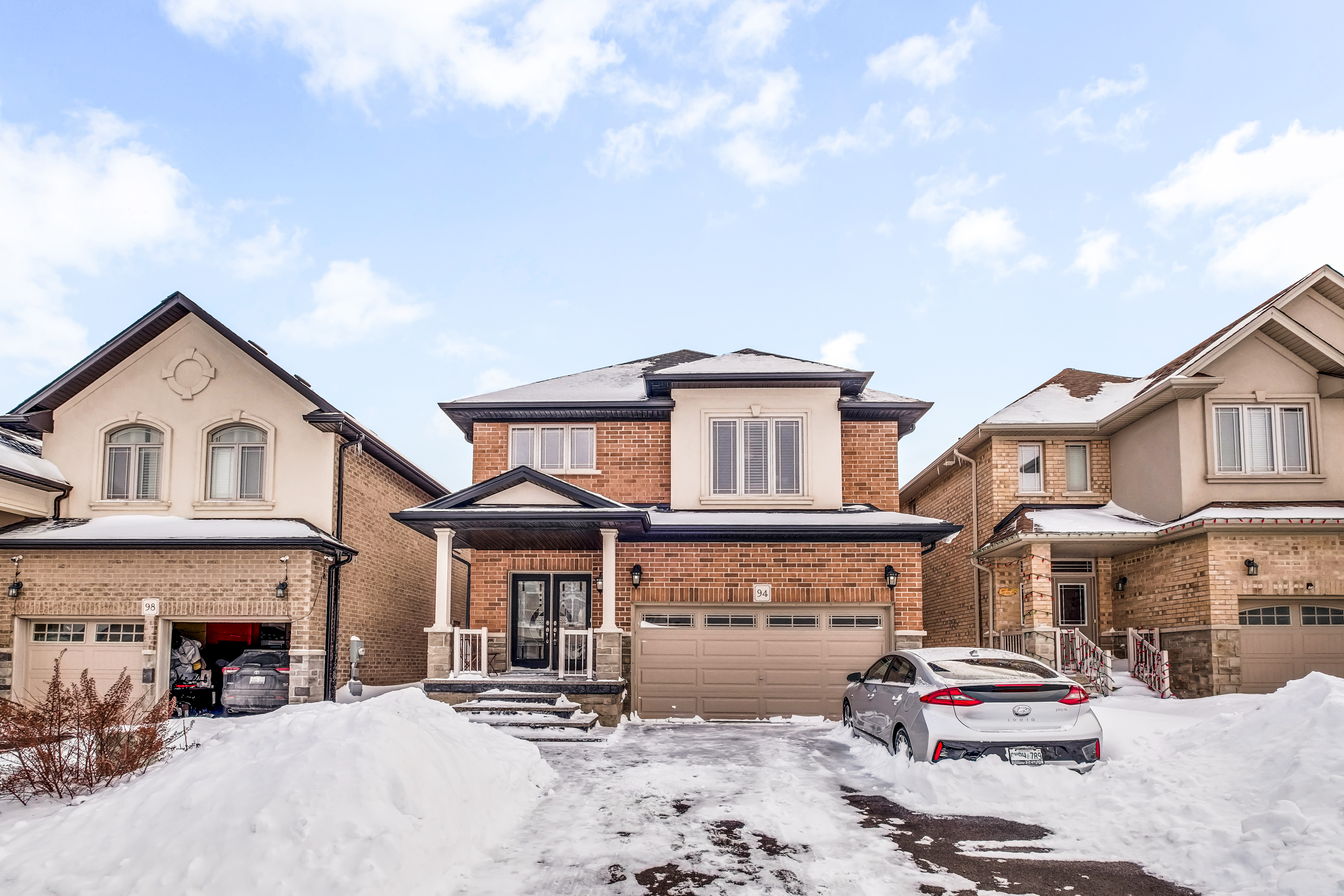 94-Whittington-Drive-Ancaster-High-Res-4