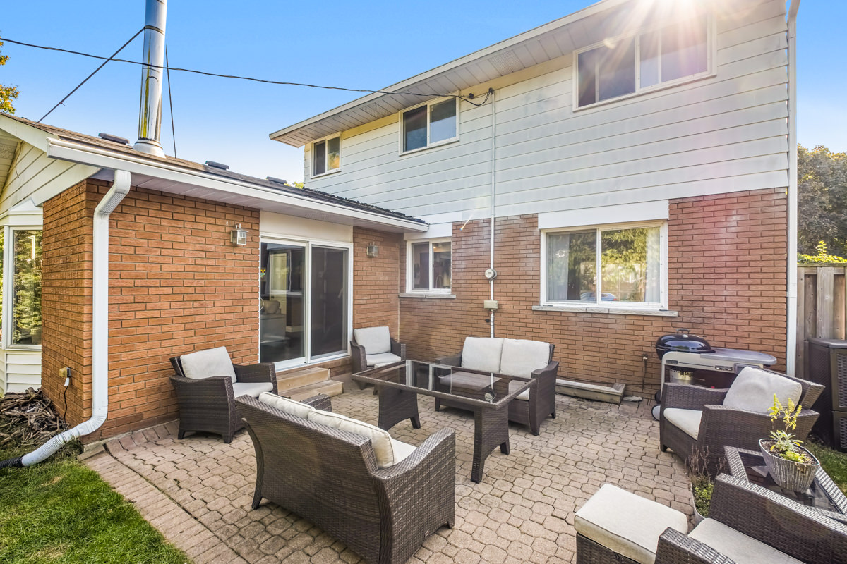479-Tipperary-Ave-Burlington-Low-Res-6